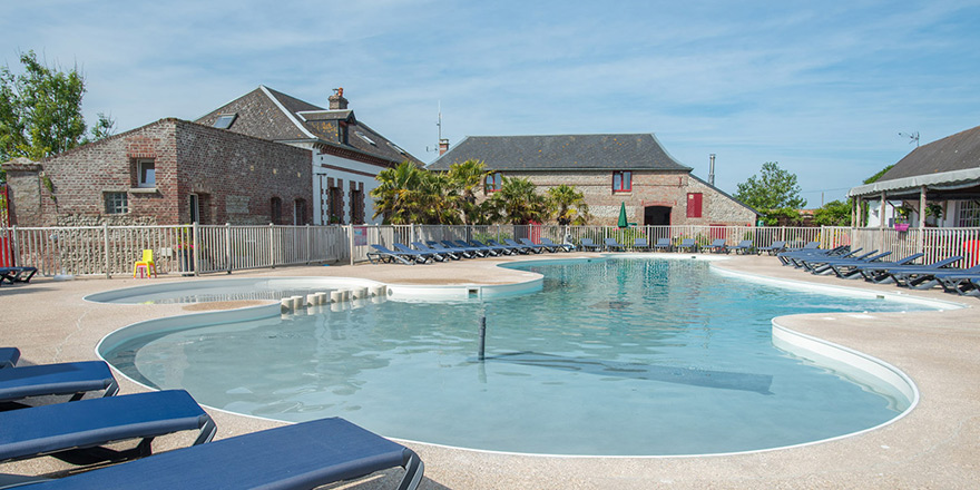 Camping le ridin camping picardie 4 toiles for Camping picardie piscine